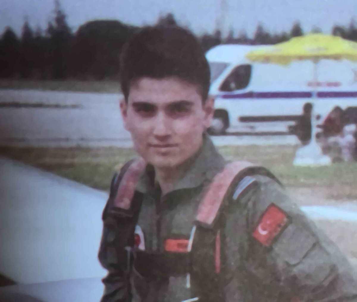 Boğaz Köprüsü'nde öldürülen askeri öğrencinin kısa yaşamı  kitap oldu