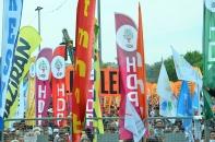 birmayis-bayraklari
